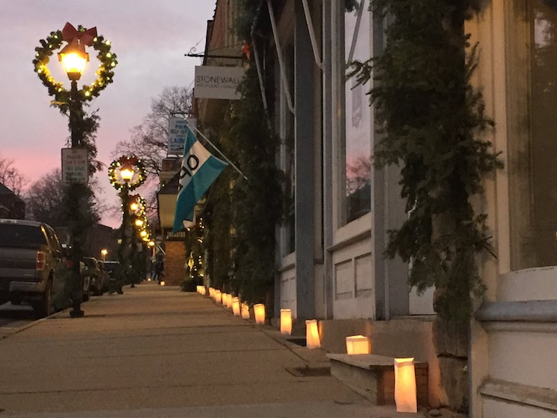 Candlelight Shopping in Mineral Point