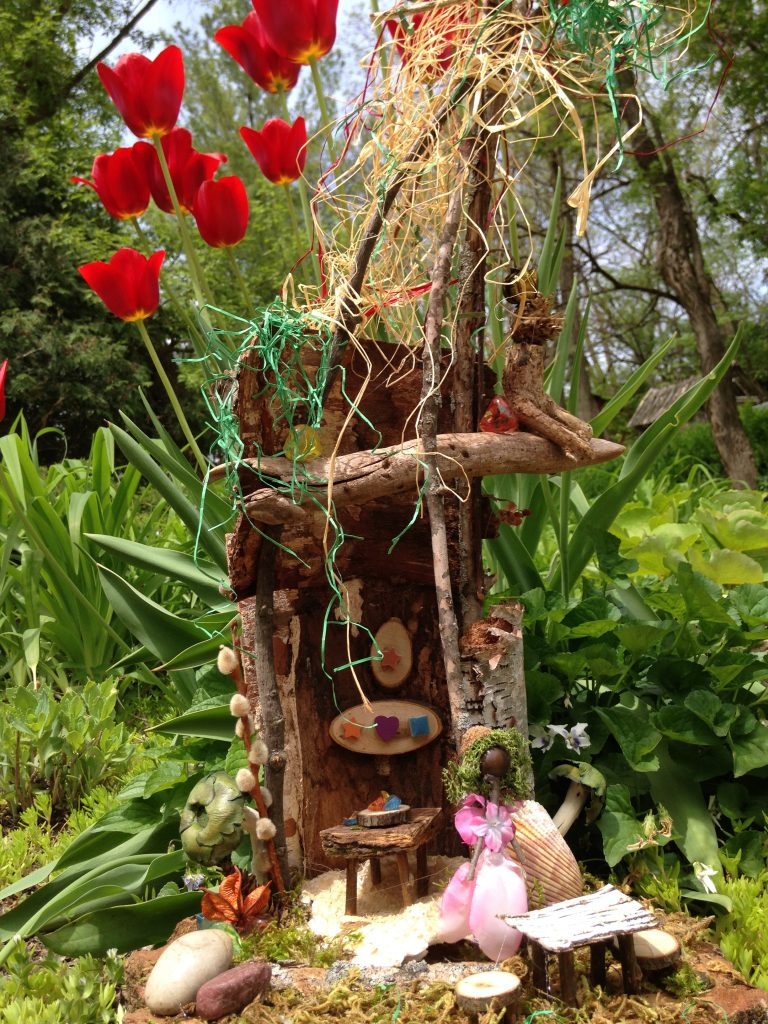 Tour of Fairy Homes at Shake Rag Alley