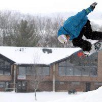 Snowboarding at Devil's Head Resort