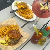 Food and Drinks at The Keg & The Patio