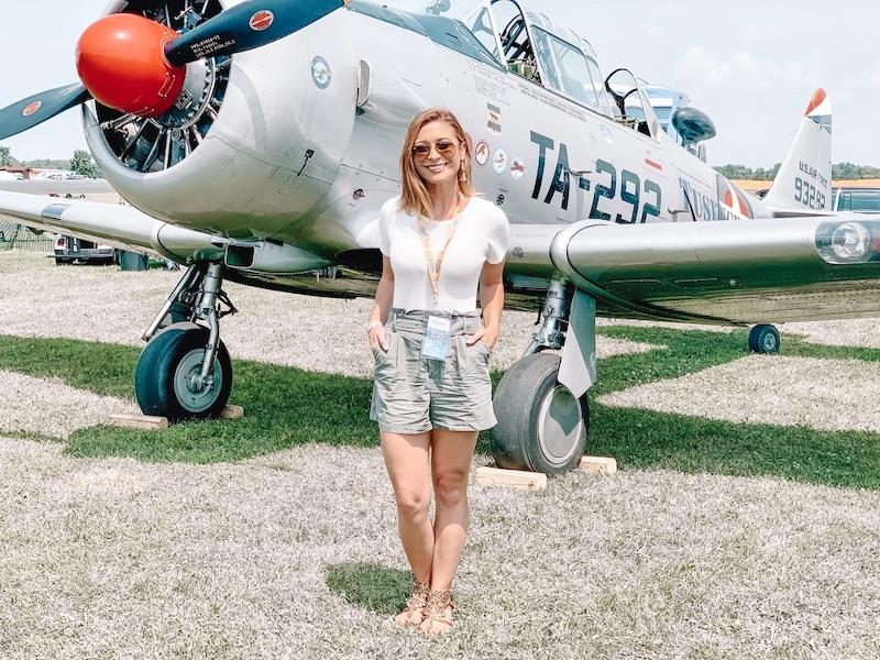 Mariah Explores AirVenture