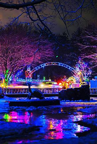 Irvine Park Christmas Lights 2020 Christmas Village in Irvine Park   Discover Wisconsin